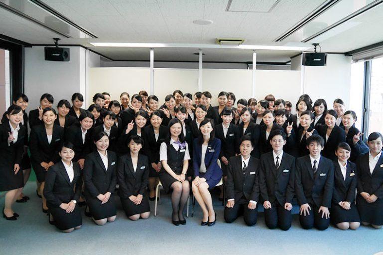 卒業生も来校!JTB北海道の学内企業説明会を開催