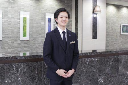 東京・新宿に位置する日本初の超高層ホテル『京王プラザホテル』に内定