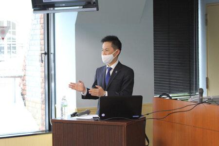 札幌グランドホテル 宿泊支配人 上田慎氏による特別授業を開催