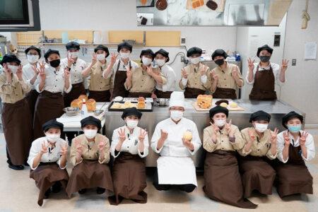 【第二回】老舗パン屋『満寿屋商店』の天方慎治シェフによる製パン特別授業 メロンパン、角食パン、ショコラ・シュトレンを作りました